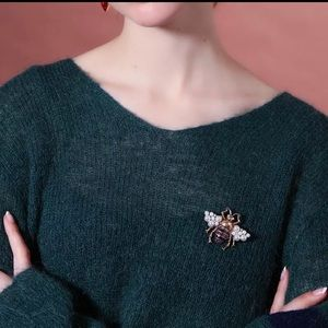 Jewelry - Bugs scarf 🧣 pin Brooch
